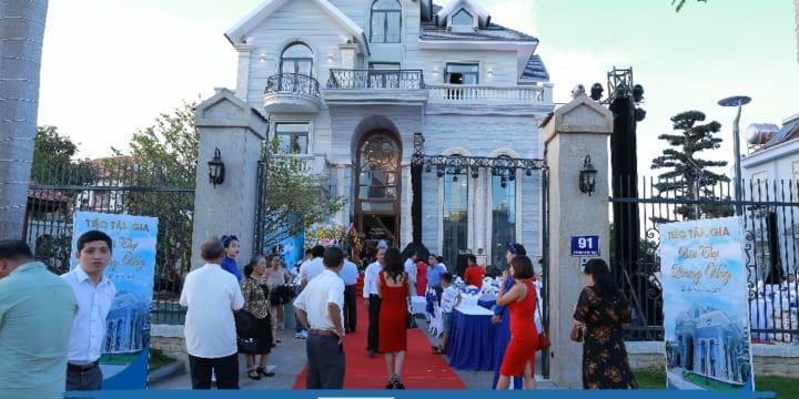 Công ty tổ chức tiệc tân gia chuyên nghiệp tại Đắk Lắk